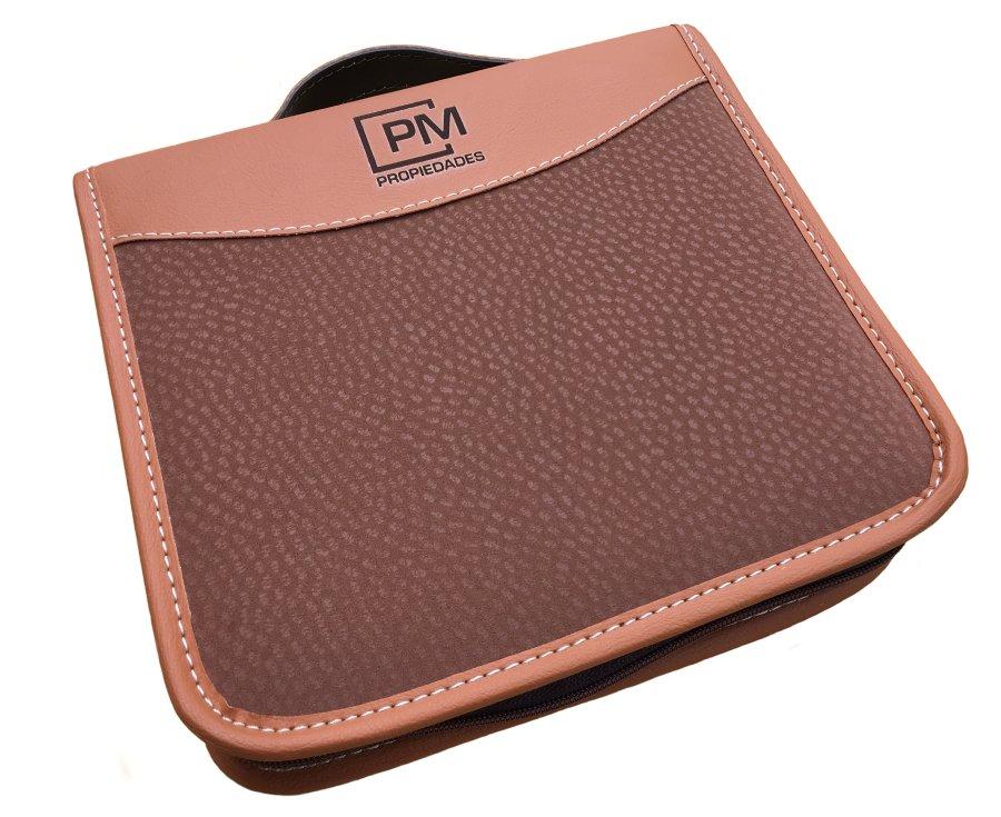 Set de asado cuadrado simil cuero carpincho personalizado  (SAS003) - Fianchini